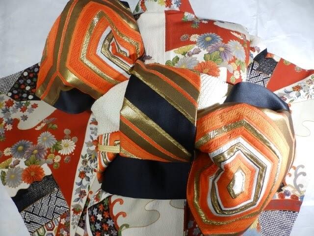 振袖に合う袋帯の結び方と合わせ方